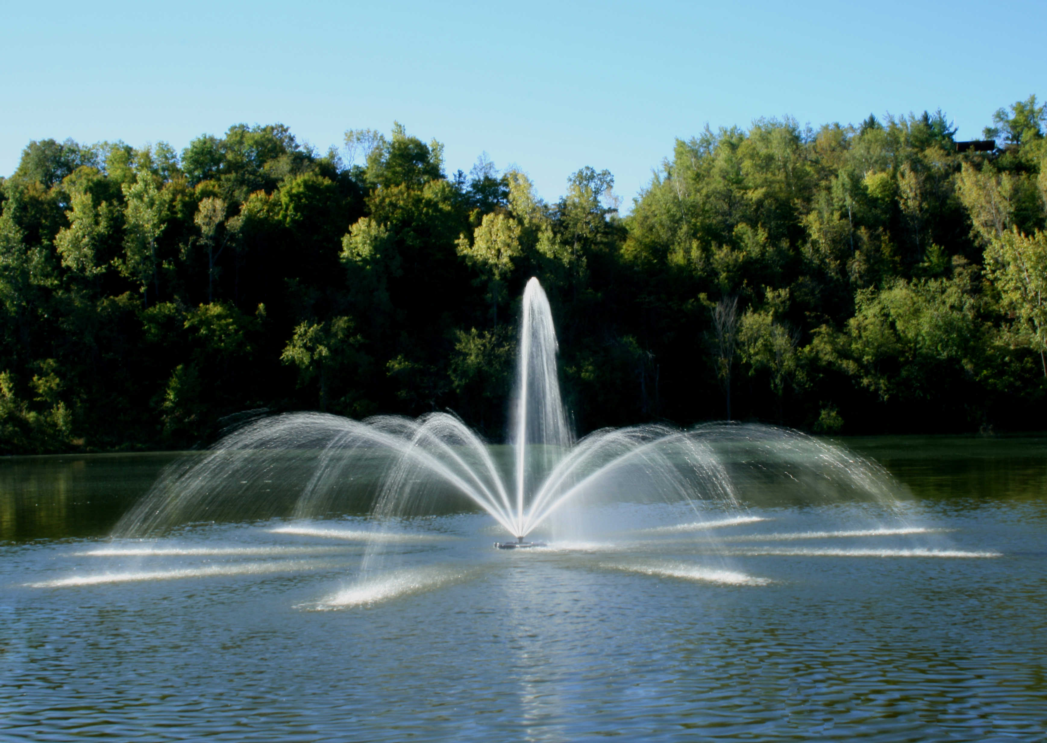 Pond And Lake Fountains Amp Aeration Midwest Lake
